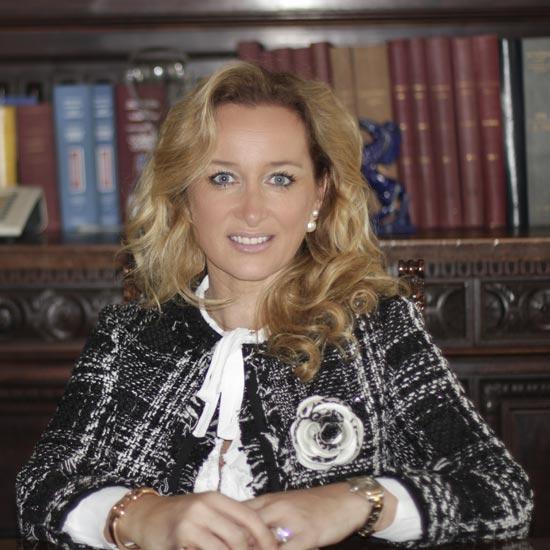 Francesca Arenosto | Avv. studio legale Arenosto Milano