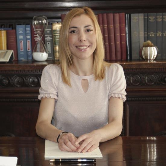Antonella Piva | Avv. esperto in separazioni e divorzi studio legale Arenosto Milano